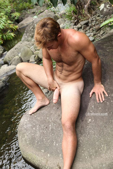 Fratmen model Collin nude on the rocks