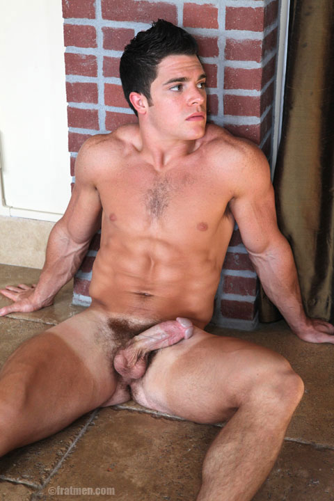Fratmen model Trent in naked gallery