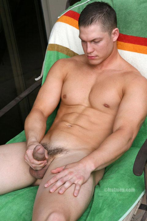 muscle man hairy pubes