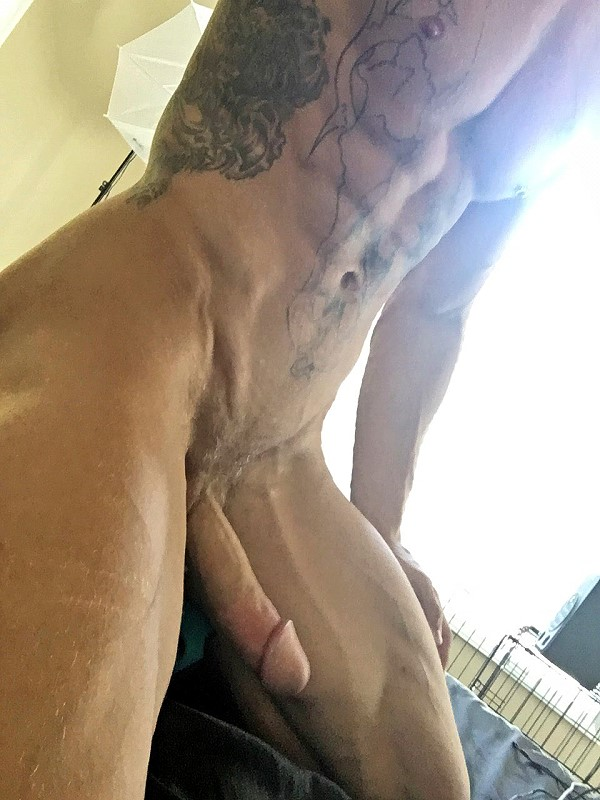 stunning muscle men with huge cock
