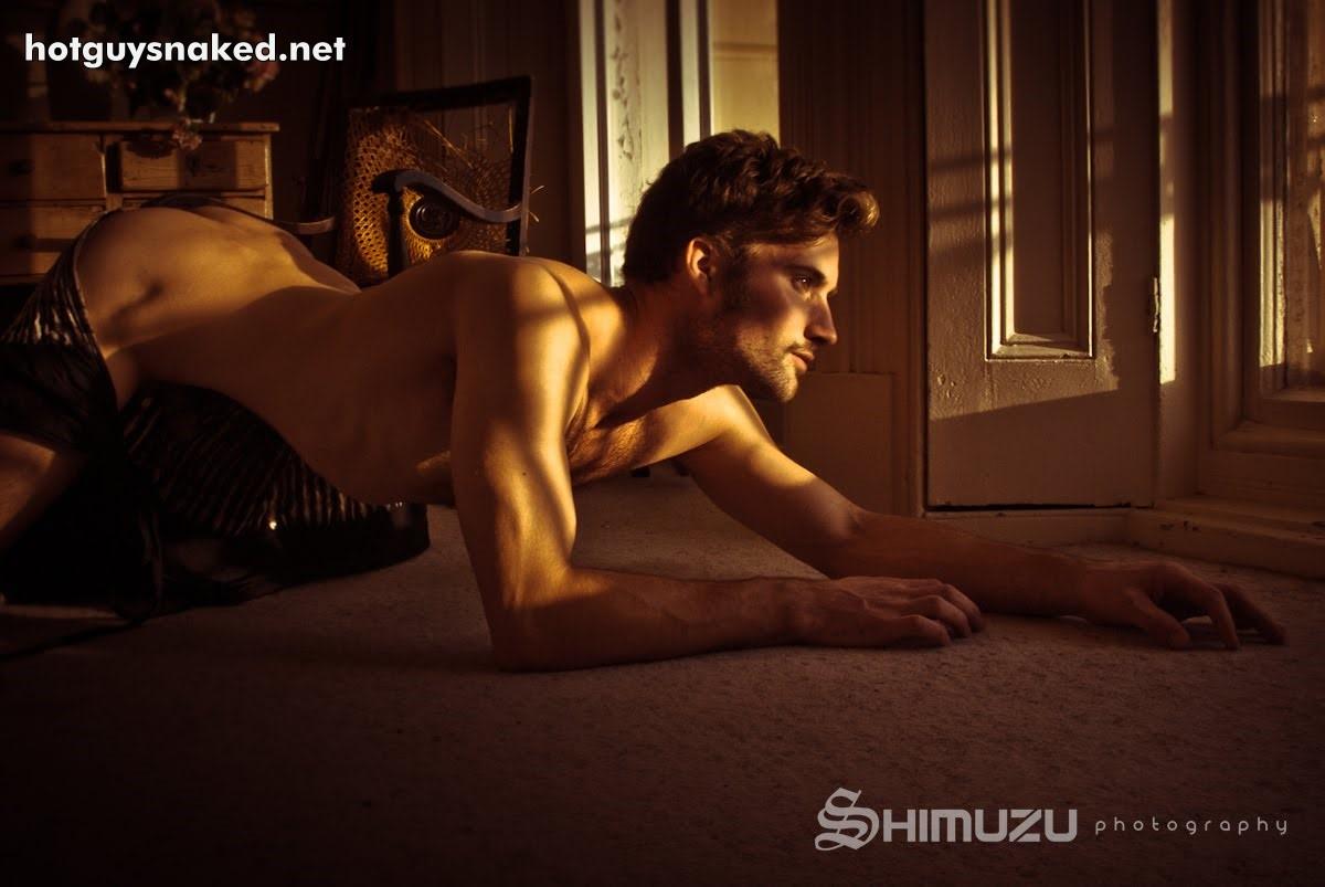 naked man gay erotica