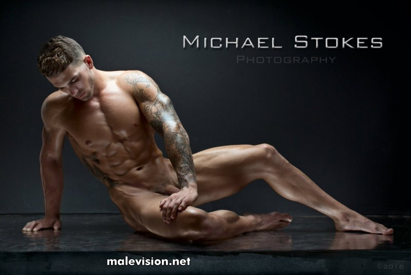 muscled man naked